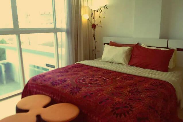 Individual Travel Phuket at a holiday Apartment: The bedroom